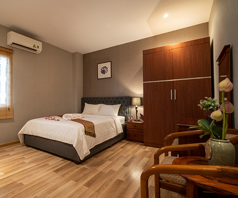 Serviced apartment by day
