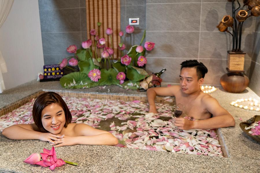 A Journey For Two – Dịch vụ Massage thải độc cơ thể dành cho cặp đôi (3h)